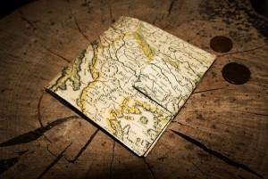 diy - map wallet