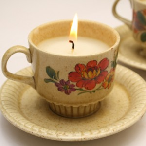 DIY teacup candle 3