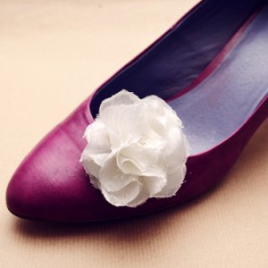 DIY - Fabric flower shoe clips