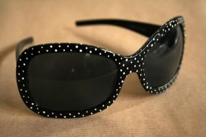 diy polka dot sunglasses
