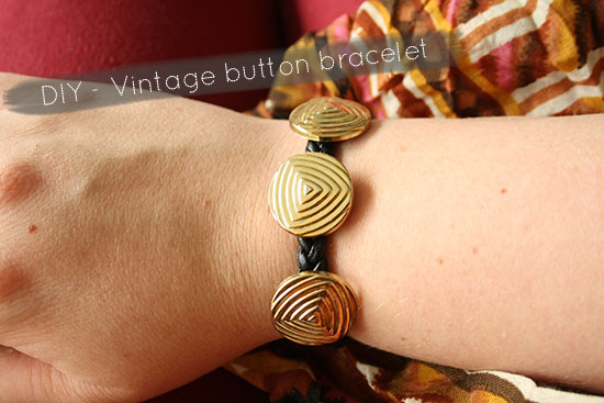 DIY - Vintage button bracelet