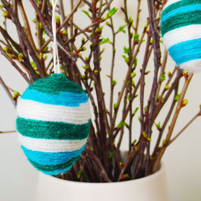 DIY - Yarn wrapped easter eggs