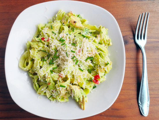 Recipe - Tagliatelle with salmon and avocado