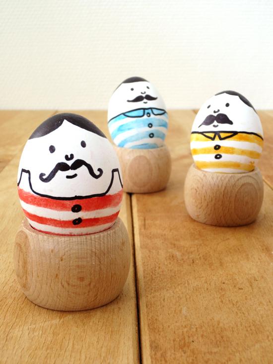 DIY - Mustach men eggs for Easter
