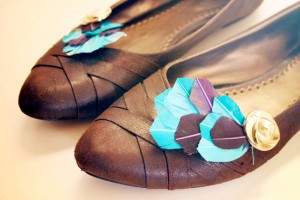 feather shoe clips diy