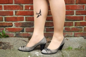 diy tattoo tights