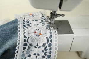 diy lace shorts sewing machine