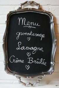 DIY - Vintage serving tray chalkboard