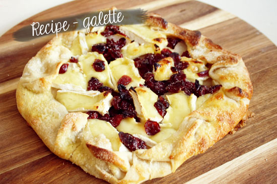Recipe - Galette with Camembert, dried cranberries and pear