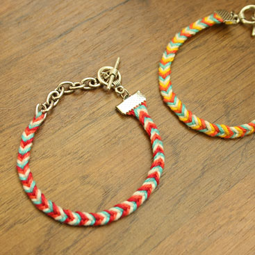 how to make a bracelet with one piece of string