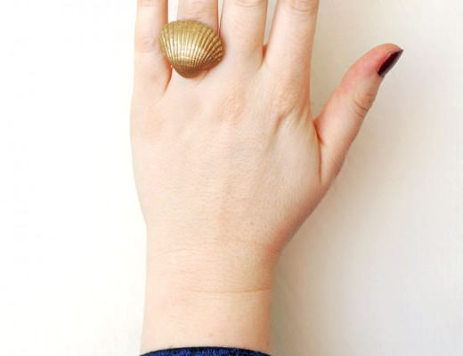 DIY - Gold shell ring (a 5 minute project)
