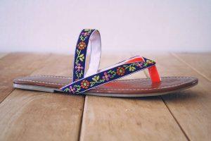DIY - super easy bohemian flip flop makeover